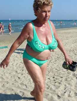Amateur mature women tourists at the..