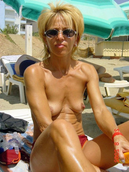 Horny naked mature women nudists for..