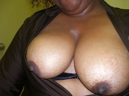 Old black girlfriends flashes nude..
