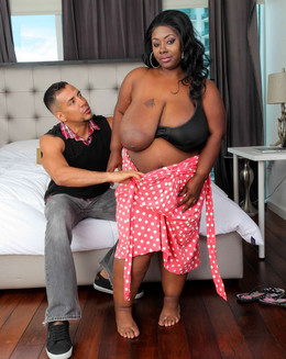 Lovely ebony BBW Libra working dick..