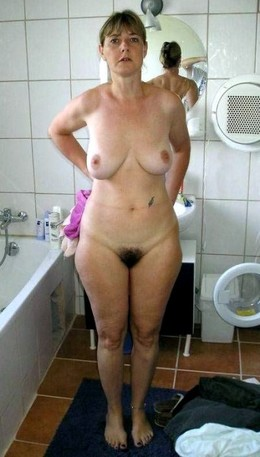 Home photo of naked mature wives in..