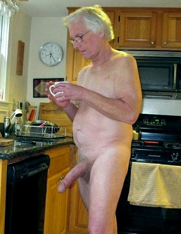 This old dad jerking his old dick..