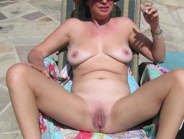 Sexy mature woman that I would like to..