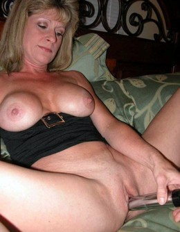 Busty mature women rubbing their..