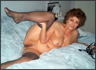 image Mature old mom with too much makeup takes black negro cock in pussy