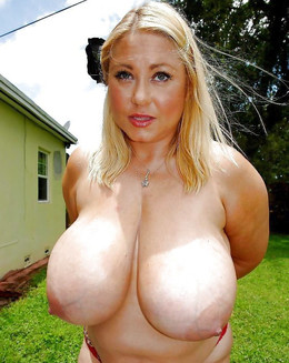 Big mature juggs, king-size breasts,..