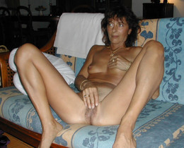 Nude mature GFs, exclusive porn pictures