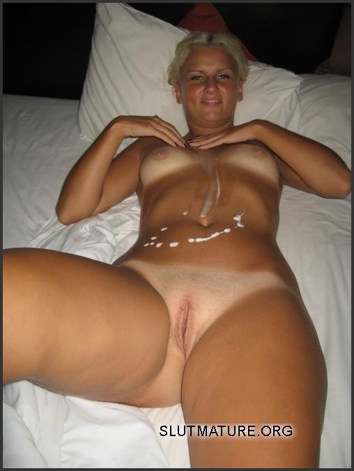 Sexy bikini boobs pics